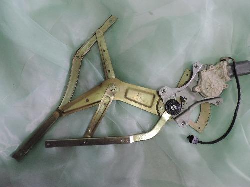 Стеклоподъёмник правой двери Фотон (Foton)-1039 12V Aumark (1B18061400020)