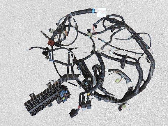 Жгут проводов кабины с блоком предохранителей 12V Фотон(Foton)-1039/1049 1B18037400067